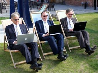 http://www.trevorblake.co.uk/uploads/blog/Flexible-working.jpg