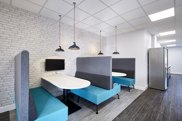 Breakout booths with low pendant lighting